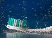 δόντι βουρτσών Στοκ εικόνα με δικαίωμα ελεύθερης χρήσης