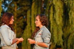 Δύο έφηβη Στοκ εικόνα με δικαίωμα ελεύθερης χρήσης
