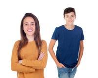 Δύο έφηβοι που εξετάζουν τη κάμερα Στοκ εικόνες με δικαίωμα ελεύθερης χρήσης
