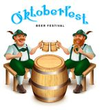 Δύο ανθρώπων στα παραδοσιακά γερμανικά ενδύματα καθίστε και πιείτε την μπύρα Κείμενο ευχετήριων καρτών φεστιβάλ μπύρας Oktoberfes ελεύθερη απεικόνιση δικαιώματος