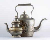 Δύο αρχαία αραβικά teapots Στοκ φωτογραφία με δικαίωμα ελεύθερης χρήσης