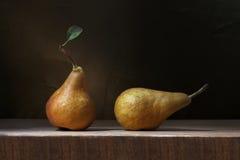 Δύο αχλάδια Στοκ φωτογραφία με δικαίωμα ελεύθερης χρήσης