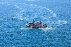 Δύο βάρκες ακτοφυλακής στοκ εικόνα με δικαίωμα ελεύθερης χρήσης