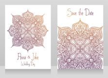 Δύο γαμήλιες κάρτες με την όμορφη διακόσμηση δαντελλών Στοκ Εικόνες