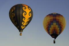 Δύο για να πάει μπαλόνια ζεστού αέρα Στοκ φωτογραφία με δικαίωμα ελεύθερης χρήσης