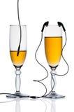 Δύο γυαλιά με τα ακουστικά Στοκ εικόνα με δικαίωμα ελεύθερης χρήσης