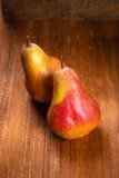 Δύο εύγευστα αχλάδια Στοκ Εικόνες