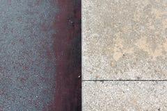 Δύο διαφορετικές συστάσεις στο σκυρόδεμα Στοκ Φωτογραφία