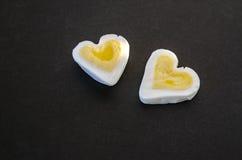 Δύο καρδιές αυγών Στοκ φωτογραφία με δικαίωμα ελεύθερης χρήσης