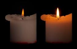Δύο κεριά με το ψαλίδισμα της πορείας στοκ εικόνα
