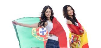 Δύο κορίτσια αδελφών - Πορτογαλία και Ισπανία - φίλοι για πάντα Στοκ Εικόνες