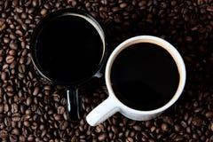 Δύο κούπες καφέ Στοκ εικόνα με δικαίωμα ελεύθερης χρήσης