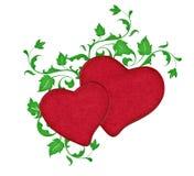 Δύο κόκκινες καρδιές με τις αμπέλους Στοκ φωτογραφίες με δικαίωμα ελεύθερης χρήσης