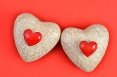 Δύο κόκκινες καρδιές Στοκ φωτογραφία με δικαίωμα ελεύθερης χρήσης