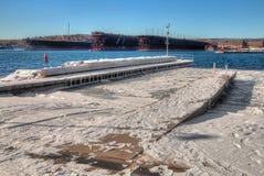 Δύο λιμάνια είναι κοινότητα στη βόρεια ακτή της λίμνης ανώτερο ι στοκ εικόνα με δικαίωμα ελεύθερης χρήσης