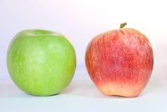 Δύο μήλα Στοκ φωτογραφία με δικαίωμα ελεύθερης χρήσης