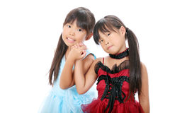 Δύο μικρά ασιατικά κορίτσια Στοκ Εικόνες