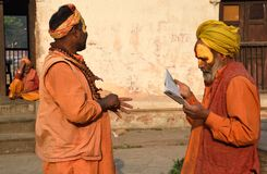 Δύο μπαμπάδες Sadhu Στοκ Φωτογραφίες