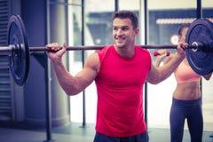 Δύο νέο Bodybuilders που κάνουν στοκ φωτογραφίες