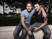 Δύο νεαροί άνδρες στοκ φωτογραφίες με δικαίωμα ελεύθερης χρήσης