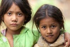 Δύο νεπαλικά μικρά κορίτσια Στοκ Εικόνες