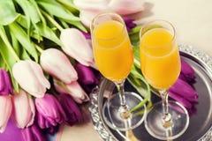 Δύο ποτήρια του κοκτέιλ Mimosa Στοκ Εικόνα
