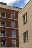 Δύο σπίτια τούβλου μεγάλα Windows Στοκ φωτογραφίες με δικαίωμα ελεύθερης χρήσης