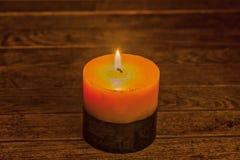 Δύο-τονισμένο φως ιστιοφόρου που φωτίζει το ξύλινο υπόβαθρο Στοκ εικόνα με δικαίωμα ελεύθερης χρήσης