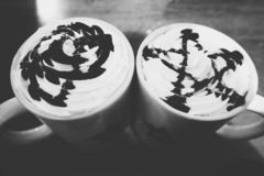 Δύο φλιτζάνια του καφέ στοκ εικόνες