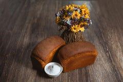 Δύο φραντζόλες σίκαλης του ψωμιού Στοκ Εικόνες