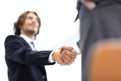 Δύο χέρια τινάγματος επιχειρηματιών που χαιρετούν το ένα το άλλο Στοκ Εικόνα