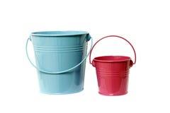 Δύο χρωματισμένοι κάδοι Στοκ φωτογραφία με δικαίωμα ελεύθερης χρήσης