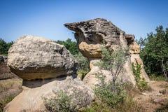Δύο χωριστοί διαφορετικοί διαμορφωμένοι σχηματισμοί βράχου ψαμμίτη Στοκ Εικόνες