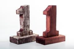 Δύο ψηφία ένα από το ξύλο στοκ εικόνα με δικαίωμα ελεύθερης χρήσης