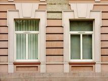 Δύο Windows Στοκ εικόνα με δικαίωμα ελεύθερης χρήσης
