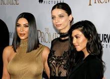 Δύση της Kim Kardashian, Angela Sarafyan και Kourtney Kardashian Στοκ εικόνα με δικαίωμα ελεύθερης χρήσης