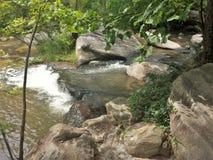 Δύσκολος ευρύς ποταμός στοκ φωτογραφία