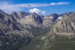 Δύσκολα βουνά στοκ φωτογραφίες με δικαίωμα ελεύθερης χρήσης