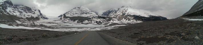 Δύσκολη εθνική οδός βουνών Στοκ Φωτογραφίες
