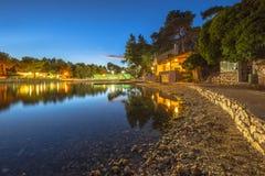 Δύσκολος κόλπος σε μια θερινή νύχτα Στοκ φωτογραφίες με δικαίωμα ελεύθερης χρήσης