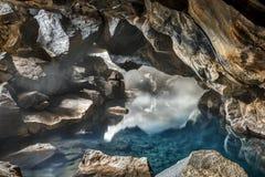 Δύσκολο ισλανδικό γεωθερμικό Grotto Στοκ εικόνα με δικαίωμα ελεύθερης χρήσης