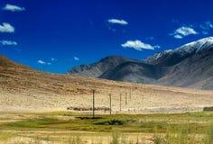 Δύσκολο τοπίο Ladakh, του φωτός και της σκιάς, Jammu Κασμίρ, Leh, Ινδία Στοκ Εικόνα