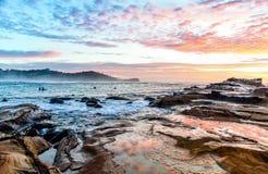 Δύσκολο Seascape ανατολής στοκ φωτογραφία με δικαίωμα ελεύθερης χρήσης