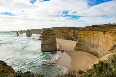 Δώδεκα απόστολοι, Αυστραλία, που εξισώνουν το φως στο σχηματισμό βράχου δώδεκα απόστολοι Στοκ Εικόνες