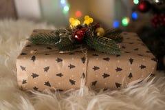 Δώρα κοντά στα Χριστούγεννα Στοκ Εικόνες