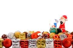 Δώρα με τη συλλογή Χριστουγέννων που απομονώνεται στο λευκό Στοκ Εικόνες