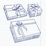 Δώρα στο υπόβαθρο copybook Στοκ Φωτογραφίες