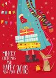 Δώρα Χριστουγέννων εκμετάλλευσης κοριτσιών Στοκ εικόνα με δικαίωμα ελεύθερης χρήσης