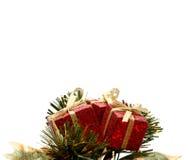 δώρα Χριστουγέννων κάτω Στοκ φωτογραφία με δικαίωμα ελεύθερης χρήσης