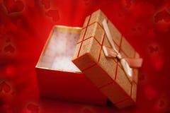δώρο κιβωτίων μαγικό στοκ εικόνες με δικαίωμα ελεύθερης χρήσης